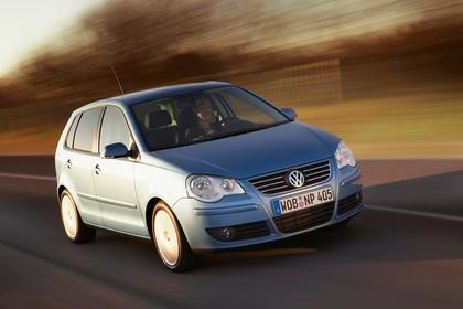 VW Polo 9N Fünftürer Facelift Aussenansicht Front schräg dynamisch blau