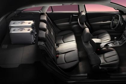 Mazda 6 Kombi GH Innenansicht statisch schwarz