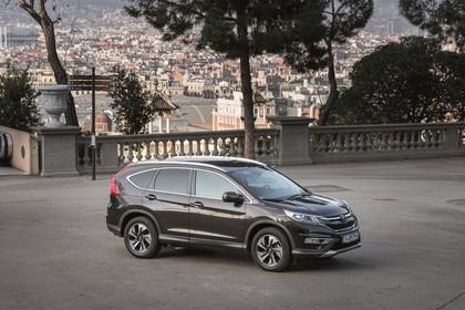 Honda CR-V RE Aussenansicht Seite schräg statisch schwarz