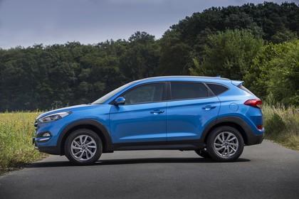 Hyundai Tucson TLE Aussenansicht Seite statisch blau