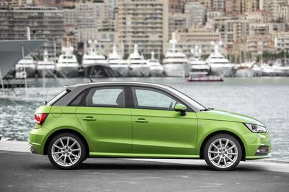 Audi A1 Sportback Aussenansicht Seite statisch grün