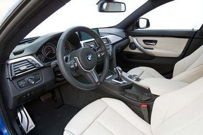 BMW 4er Gran Coupe F36 Innenansicht Fahrerposition Studio statisch beige