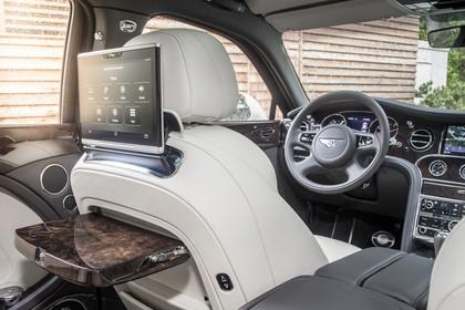 Bentley Mulsanne Innenansicht statisch Infotainmentsystem für die hintere Sitzreihe Fahrersitz ung Armaturenbrett beifahrerseitig