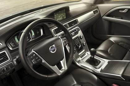 Volvo V70 Innenansicht Fahrerposition statisch schwarz