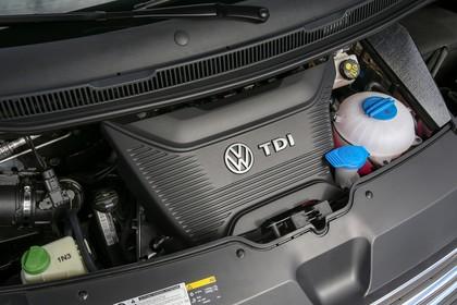 VW T6 Caravelle SG/SF Aussenansicht Front schräg statisch Detail Motor