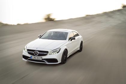 Mercedes-AMG CLS  C218 Aussenansicht Front schräg dynamisch weiss