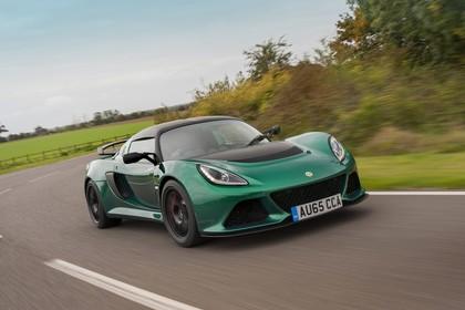 Lotus Exige Sport 350 Aussenansicht Front schräg dynamisch grün
