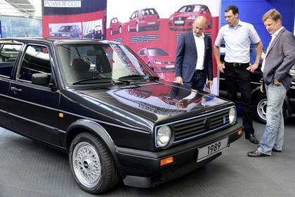 VW Golf 2 Limited Aussenansicht Front schräg statisch schwarz