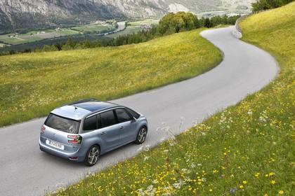 Citroën Grand C4 Picasso 2 Aussenansicht Heck schräg erhöht statisch blau