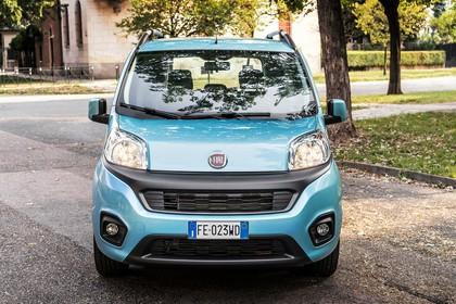 Fiat Qubo 225 Aussenansicht Front statisch blau