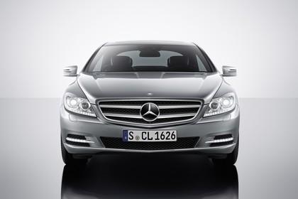 Mercedes CL C216 Studio Aussenansicht Front statisch silber