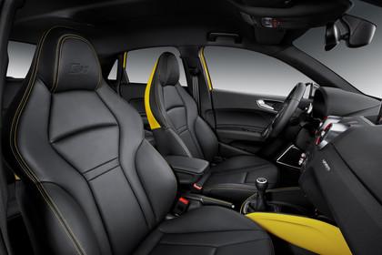 Audi S1 Sportback Innenansicht Vordersitze Studio statisch schwarz