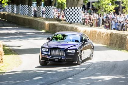 Rolls-Royce Wraith Aussenansicht Front schräg dynamisch dunkelviolett