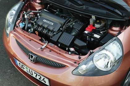 Honda Jazz GE Aussenansicht Motorraum statisch kupfer