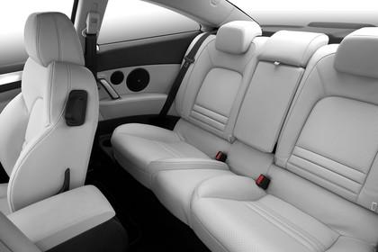 Peugeot 407 Coupé 6 Innenansicht statisch Studio Rücksitze fahrerseitig