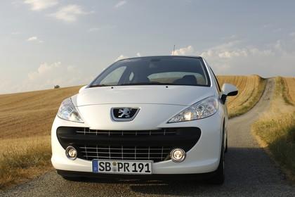 Peugeot 207 Facelift Aussenansicht Front statisch weiß