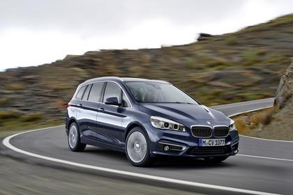 BMW 2er Gran Tourer Aussenansicht Front schräg dynamisch grau