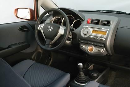 Honda Jazz GE Innenansicht Beifahrerposition Studio statisch grau