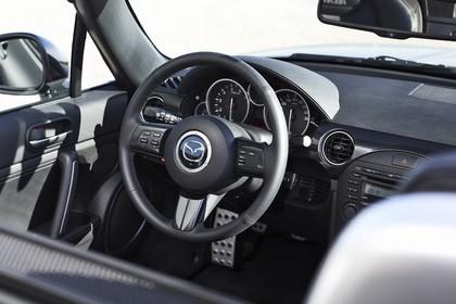 Mazda MX-5 NC Innenansicht Cockpit statisch schwarz