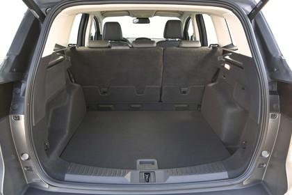 Ford Kuga DM3 Innenansicht studio Kofferraum