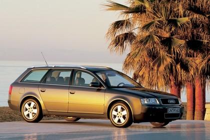 Audi A6 Avant C5 Aussenansicht Seite schrãg statisch grau