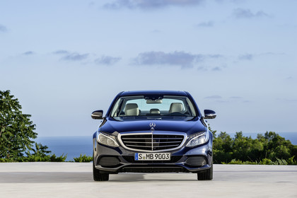 Mercedes C-Klasse W205 C350 Plug-in Hybrid Aussenansicht Front statisch blau