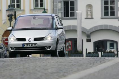 Renault Espace JK Aussenansicht Front schräg dynamisch silber