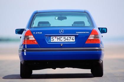 Mercedes-Benz C-Klasse Limousine W202 Aussenansicht Heck statisch blau