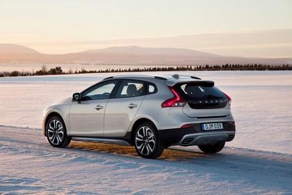Volvo V40 M/525 Aussenansicht Heck schräg statisch grau