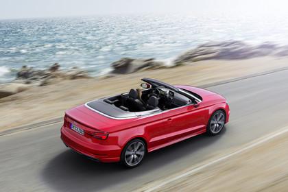 Audi A3 8V Cabrio Aussenansicht Heck schräg erhöht dynamisch rot