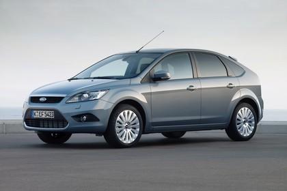 Ford Focus MK2 Aussenansicht Front schräg statisch grau