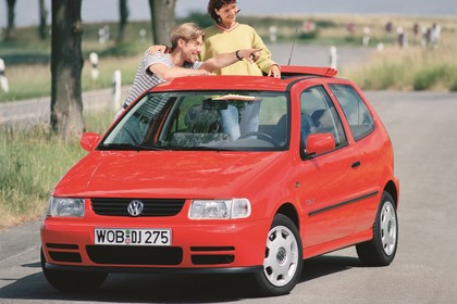 VW Polo 3 Dreitürer 6N Aussenansicht Front schräg statisch rot