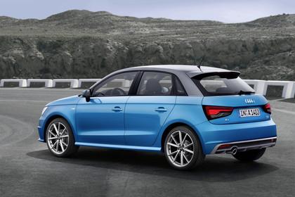 Audi A1 Sportback Aussenansicht Seite schräg statisch blau