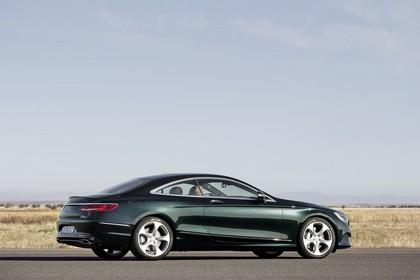 Mercedes-Benz S-Klasse Coupé C217 Aussenansicht Seite schräg statisch grün