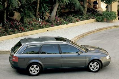 Audi A6 Avant C5 Aussenansicht Seite schräg erhöht statisch grau