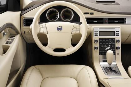Volvo S80 AS Innenansicht statisch Studio Vordersitze und Armaturenbrett fahrerseitig