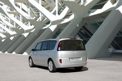 Renault Espace JK Facelift Aussenansicht Heck schräg dynamisch silber