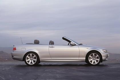 BMW 3er Cabriolet E46 LCI Aussenansicht Seite statisch silber