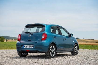 Nissan Micra K13 Aussenansicht Heck schräg statisch blau