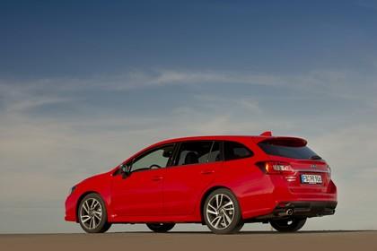 Subaru Levorg Aussenansicht Seite schräg statisch rot