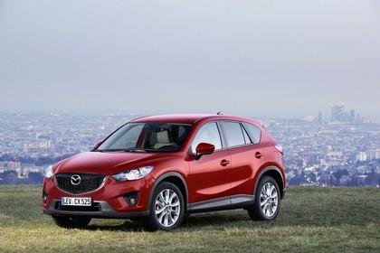 Mazda CX-5 KE Aussenansicht Front schräg statisch rot