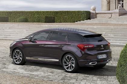 Citroën DS5 K Aussenansicht Heck schräg statisch violett