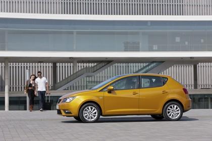 SEAT Ibiza 6P Seite statisch gelb
