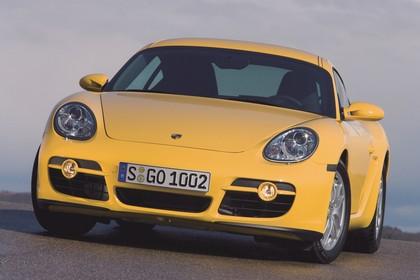Porsche Cayman 987 Aussenansicht Front schräg statisch gelb