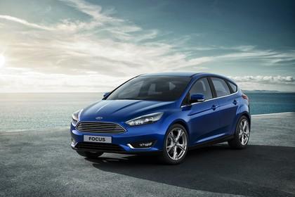 Ford Focus Schrägheck Mk3 Front schräg statisch blau