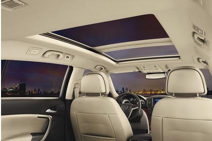 Opel Insignia G09 Sports Tourer Innenansicht Detail Panoramadach statisch beige
