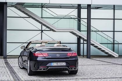 Mercedes-Benz S-Klasse Cabriolet A207 Aussenansicht Heck schräg statisch dunkelblau
