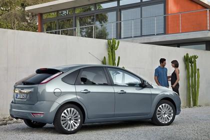 Ford Focus MK2 Aussenansicht Seite schräg statisch grau