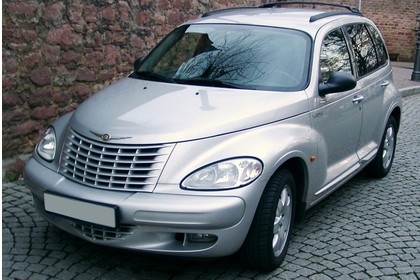 Chrysler PT Cruiser Aussenansicht Front schräg statisch silber