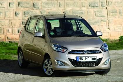 Hyundai i10 Aussenansicht Front schräg statisch silber